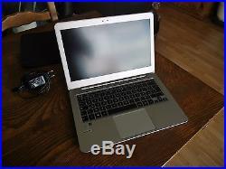 ASUS ZenBook UX305LA-FB095T i75500U SSD 512Go 8Go RAM Or