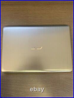 Asus E403NA-GA002T 14' Intel Celeron 4Go Ram 32Go Ssd (Léger Défaut)