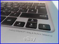 Asus UX305CA-FB109T Intel Core M3 Windows 10 8GB 128GB SSD 13.3 Laptop (94819)