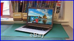 Asus Zenbook Ux303ua 13.3in. 256 Go, Intel Core I5 5. Génération, 2.3ghz, 8gb