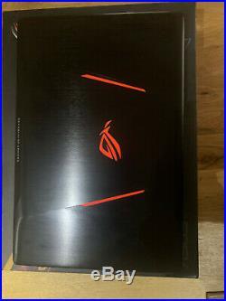 PETIT MONSTRE ASUS ROG STRIX SCAR 2, i7 8750H, GTX 1070 8Go, 8 Go RAM, 256Go+1To